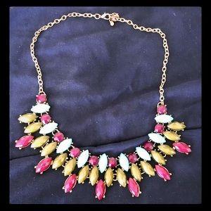 Beautiful San Fran Boutique Necklace